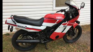 Yamaha RZ 350 Yamaha FJ