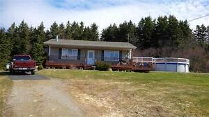 Beautiful Summer/year round home overlooking the Bras d'Or Lakes