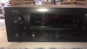 Amplificateur de marque Denon modèle AVR-2310 Z007471