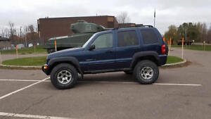2002 Jeep Liberty 4x4 *LOW KMs* 33 inch tires included!