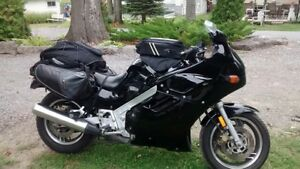 Very nice 1100 Suzuki Katana - Sport Touring Bike.