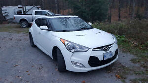 REDUCED AND CERTIFIED 2012 Hyundai Veloster Hatchback