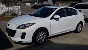 ***LOW KM'S*** 2012 Mazda 3 GS-SKY Sedan
