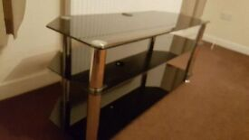 GLASS TV TABLE TO SUIT PLASMA / LCD TV - UP TO 42""