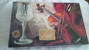 Motherday gift, longchamp cristal D'arques wine glasses, new
