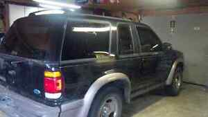 2000 Ford Explorer Hatchback