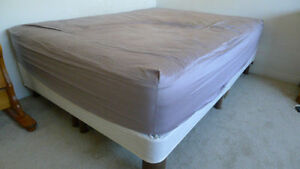 Queen size base support