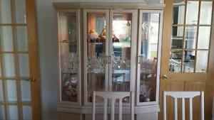 DINING ROOM  HUTCH VAISSELIERS SALLE A MANGER