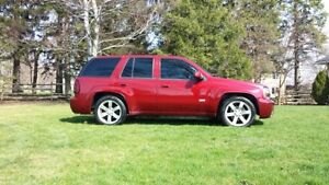 2007 Chevrolet Trailblazer SS ***LOW KMS***