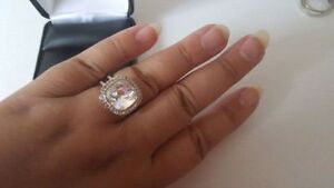 BEAUTIFUL WOMAN SWAROVSKI RING London Ontario image 2