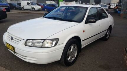 1999 Toyota Camry MCV20R Touring White 5 Speed Manual Sedan Revesby Bankstown Area Preview