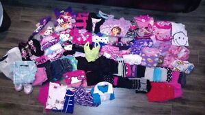 Vêtements Fillette 2 T à 5-6 T, Disney,Dora, Hello Kitty, George