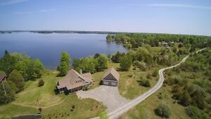 Stunning Home on Upper Rideau Lake!