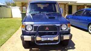 Mitsubishi Pajero 4wd for sale. Automatic Silver Sands Mandurah Area Preview