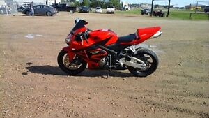 2006 HONDA CBR600RR SPORT BIKE LIKE NEW COND, FINANCING AVAILABL