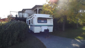 23 Ft. 1996 Fiberglass Okanagan Travel Trailer