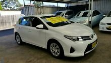 2013 Toyota Corolla ZRE182R Ascent White 7 Speed CVT Auto 7 Speed Hatchback Five Dock Canada Bay Area Preview