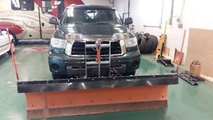 2008 Toyota Tundra 5.7 4x4 Truck and Plow