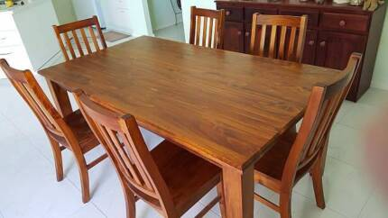 Dining Suite 6 Seater - very good condition