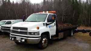 2007 Chevrolet C5500 Flat Deck Wrecker Tow Truck FOR SALE