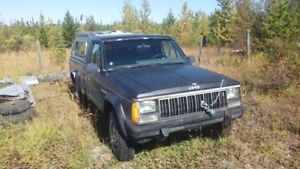 1989 Jeep Comanche with Canopy