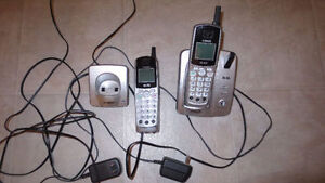 Vtech 5.8 GHz answering system, 2 phones ,very good condition!