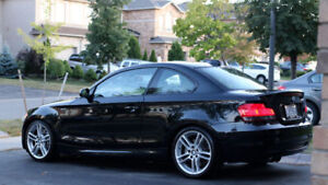 2008 BMW 135i M Package - 2nd Owner - Top of the Line with Nav