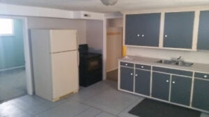2  bedroom basement Suite .sw hill area .ad up available, empty