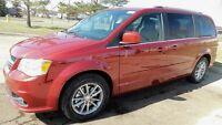 2015 Dodge Grand Caravan SXT Premium Plus FULLY LOADED 6-SPEED A