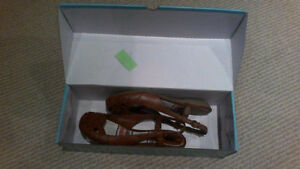 BRAND NEW Women's Brown Sling Open Flats, SIZE 7 London Ontario image 5