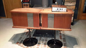 Bose 901 Original Series Speakers, Equalizer and Tulip Stands