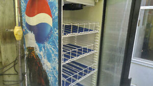 PEPSI COOLER SINGLE GLASS DOOR