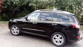 Full service history. Tow bar. Leather heated seats. Excellent condition inside and out.