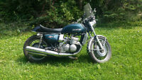 Suzuki GT750 water buffalo 2 stroke triple cafe racer very rare