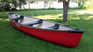 15.5 foot wind river outfitters canoe