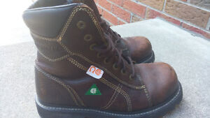 CSA Certified Steel Toe Boots - CAT Size 8
