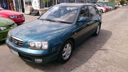 2001 Hyundai Elantra XD GLS Blue 4 Speed Automatic Hatchback Maidstone Maribyrnong Area Preview