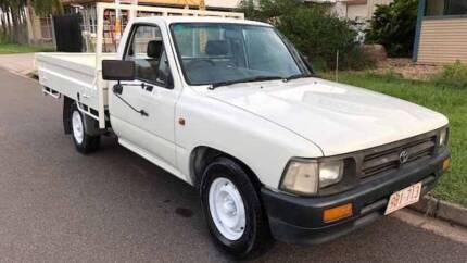 1998 Toyota Hilux cab