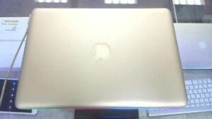 "13"" MacBook Pro 2.3 GHz i5 , 4 GB Ram - Warranty"