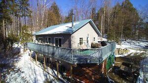 3 Bedroom Home on Crosby Lake!