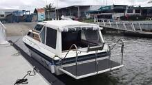 Whittley Cruisemaster 660 with Large Duck Board Coomera Gold Coast North Preview