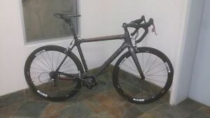 Just Reduced Full Carbon GURU Photon R with SRAM RED Groupset
