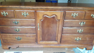 MUST SEE 4pc Set Solid Dresser and 2 End Tables