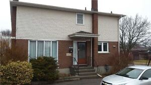 3 Bedroom Detached Home in Oshawa