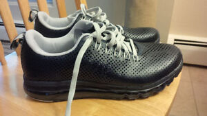 Nike Airmax - size 11.5 - brand new, mint condition!