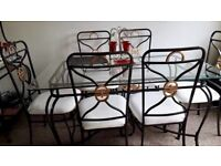 6 Seater Dining Table/Chairs & matching Bakers Rack