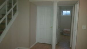 1bedroom basement for rent