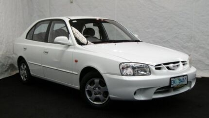 2001 Hyundai Accent LC GLS Noble White 4 Speed Automatic Hatchback Derwent Park Glenorchy Area Preview