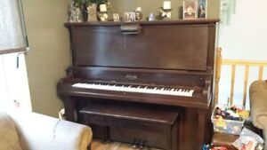 FREE! Upright Piano (PICKUP ONLY + 1)