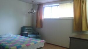 West end Furnished room available, $25/day, $150/week